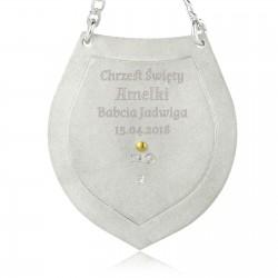 srebrny ryngraf z grawerem na prezent na chrzest