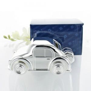 skarbonka w kształcie auta