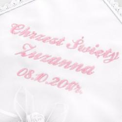 haft imienia i daty chrztu na białej szatce