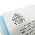 Pismo Święte w białej skórze