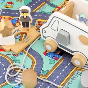 zabawka dla dziecka ciężarówka z nadrukiem