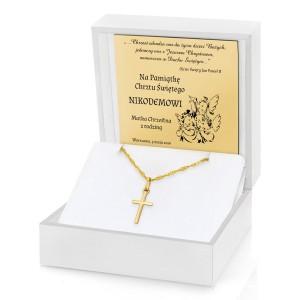 pamiątka chrztu świętego złoty krzyżyk na łańcuszku w pudełku z dedykacją