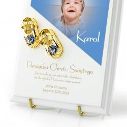 podkład z bucikami i ze zdjęciem dziecka na chrzest