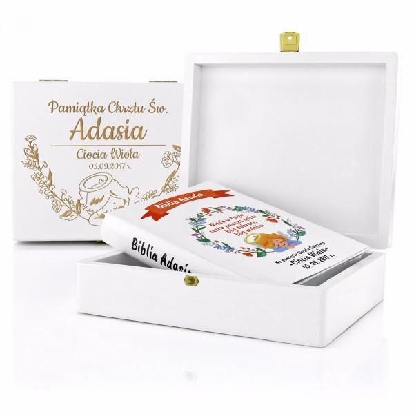 spersonalizowana biblia w pudełku na prezent z okazji chrztu