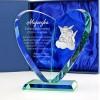 szklana statuetka serce z grawerem na prezent na chrzest
