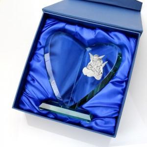 statuetka szklana z grawerem na pamiątkę chrztu