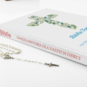 pamiątka chrztu biblia z personalizacją niebieskie kwiaty
