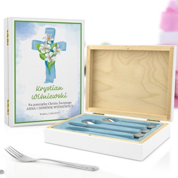 pudełko z nadrukiem i sztućce dla dzieci na pamiątkę chrztu dla chłopczyka